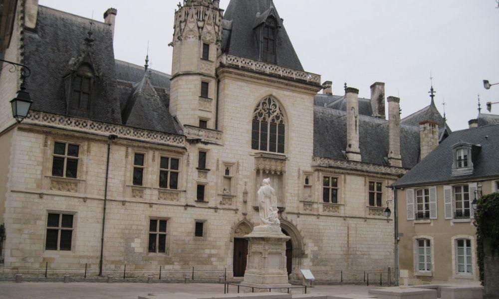 Palais Jacques-Cœur