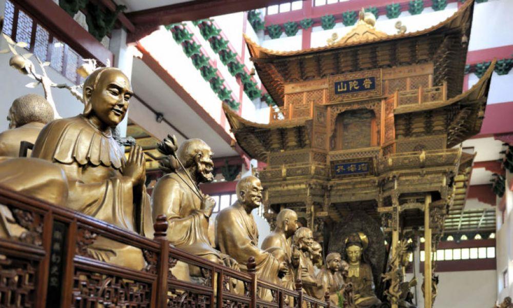 Une des salles du temple Lingyin