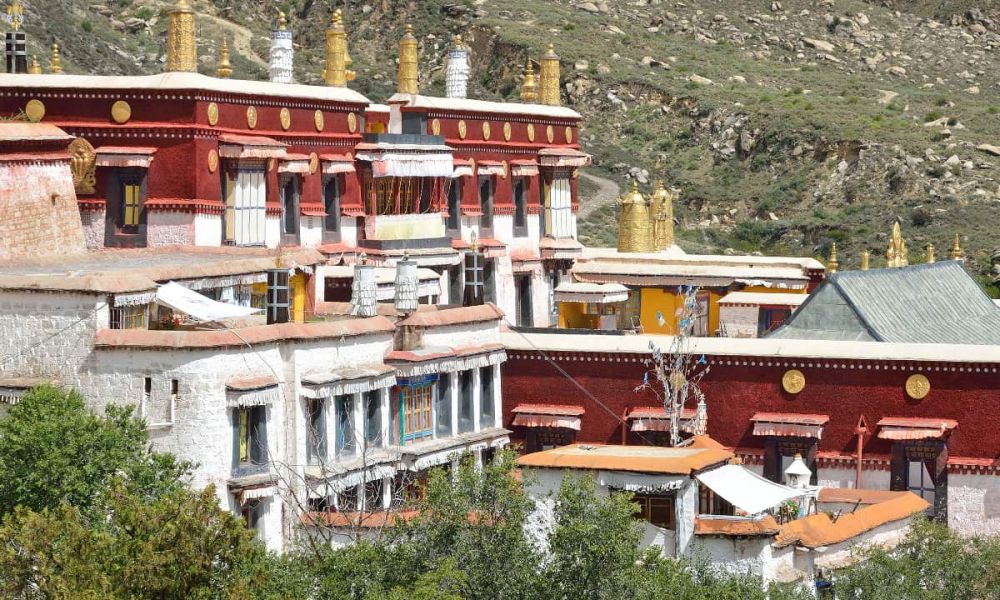 Monastère Sera