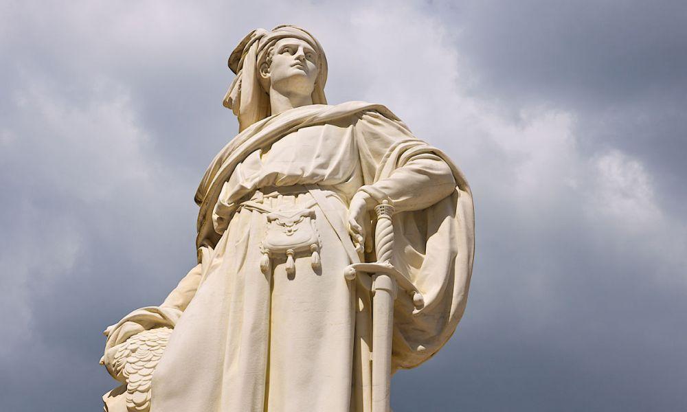 Statue de Jacques-Cœur
