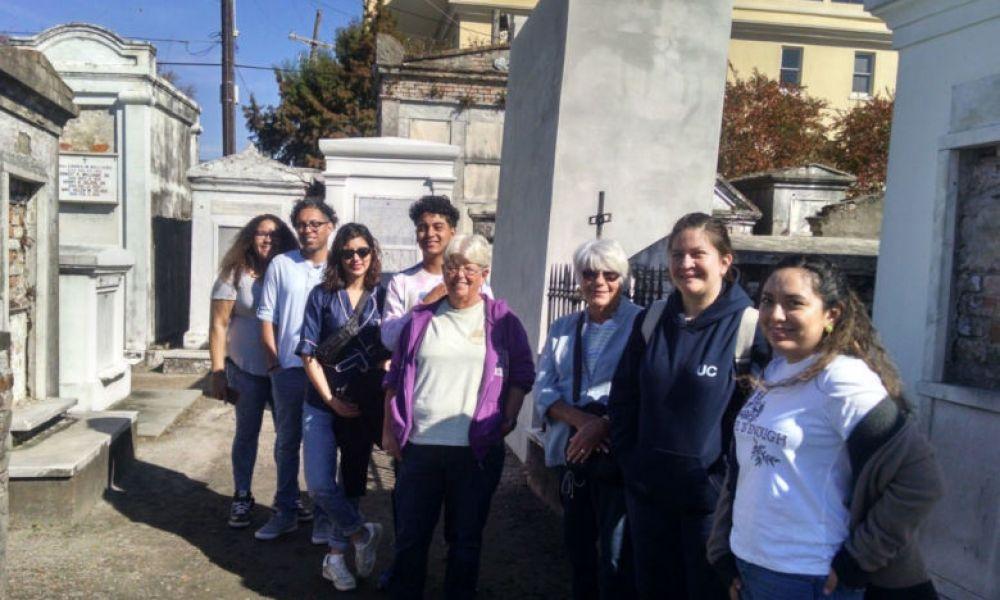 Visiter le cimetière Saint-Louis