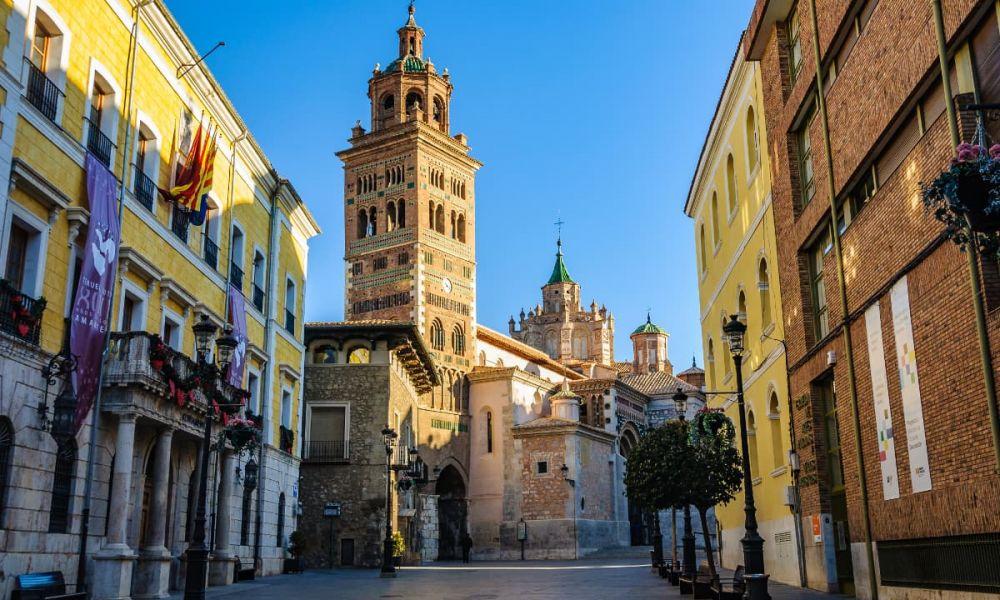 Cathédrale et mairie de Teruel