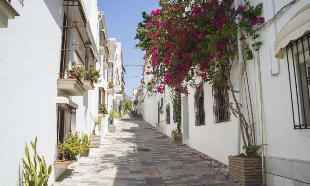Une rue typique du centre de Marbella