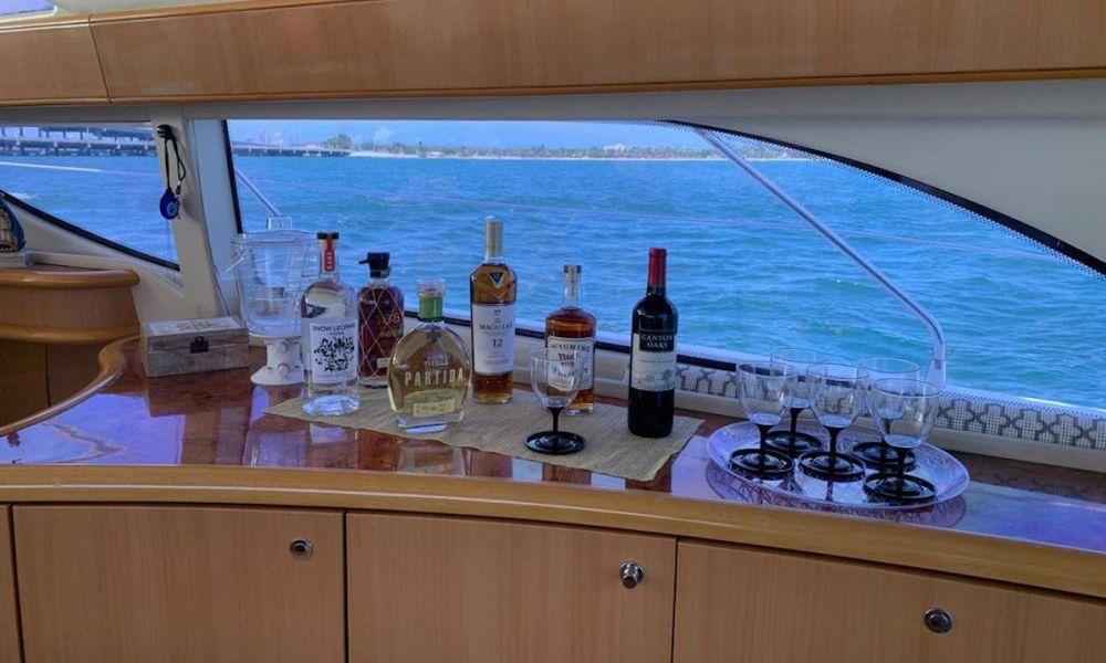 Le bar du bateau