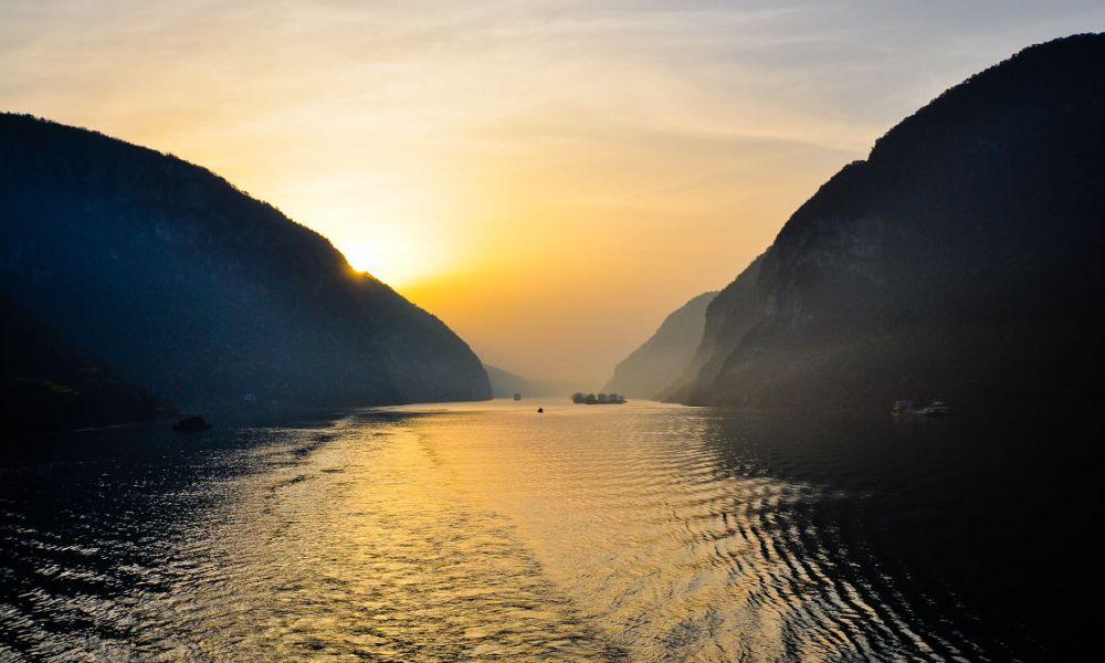 Lever de soleil sur le fleuve Yangtsé
