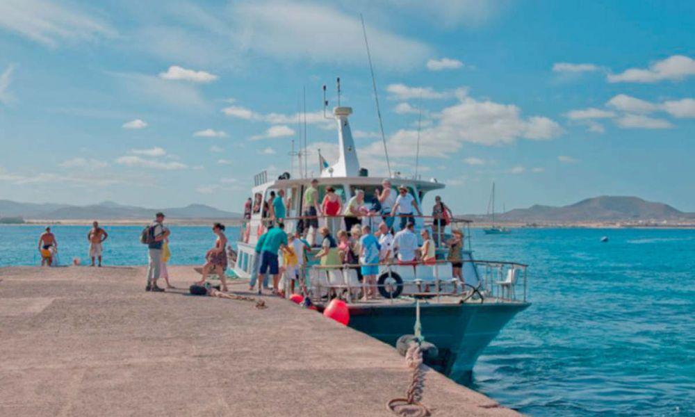 Sur le point de monter à bord du ferry