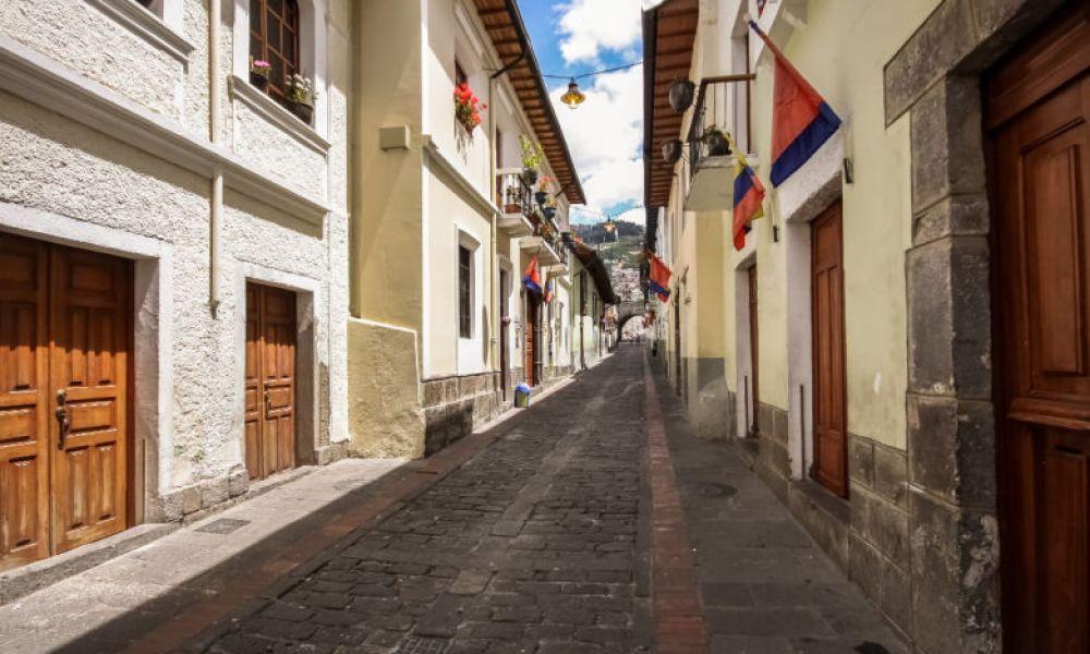 Traditionnelle rue de la Ronda
