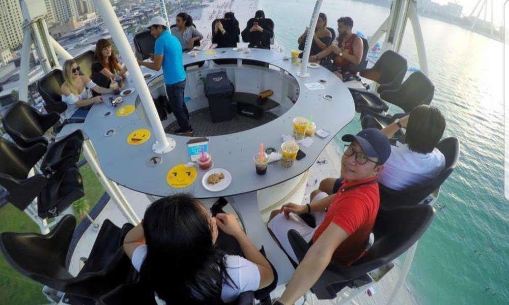 Déjeuner au Flying Cup