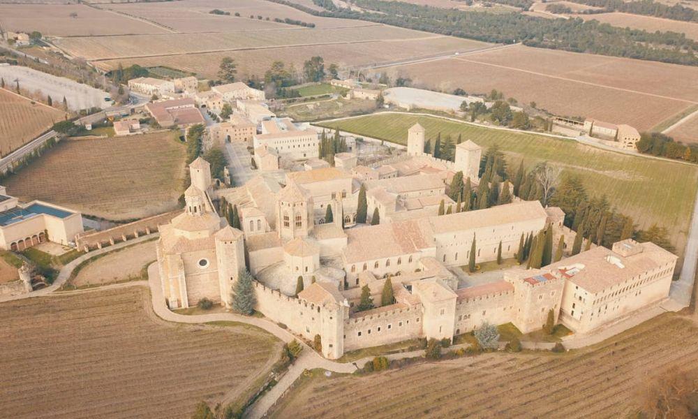 Vue aérienne du Monastère de Santa María de Poblet