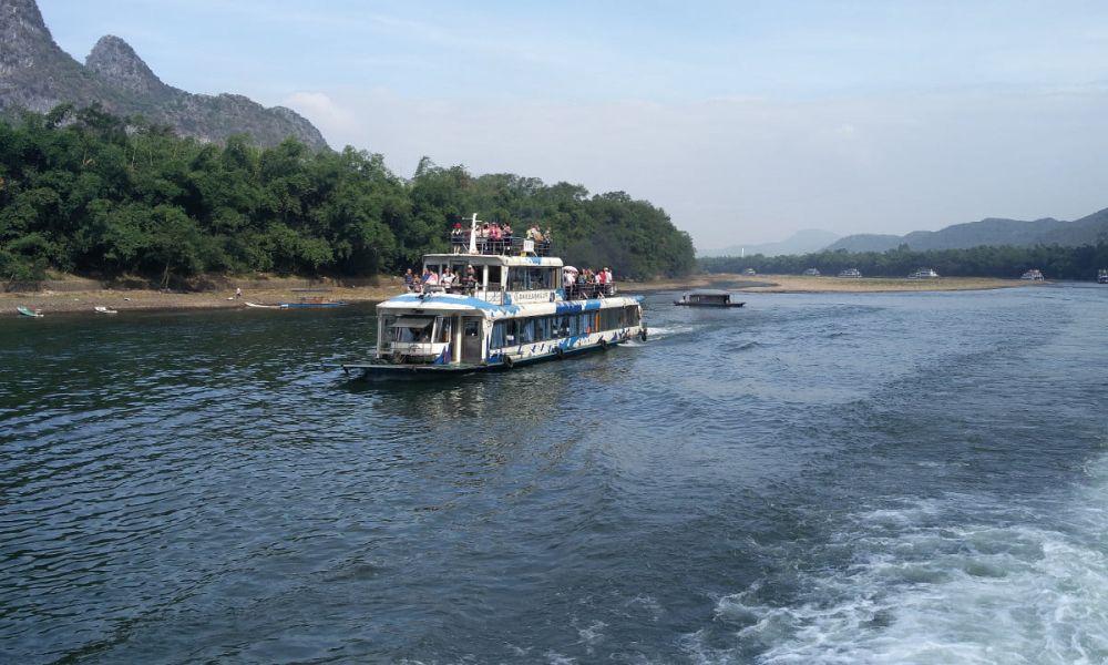 À bord de la croisière sur la rivière Li