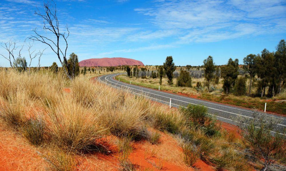 Chemin de la roche rouge d'Alice Springs