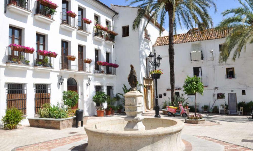 La place centrale de Marbella