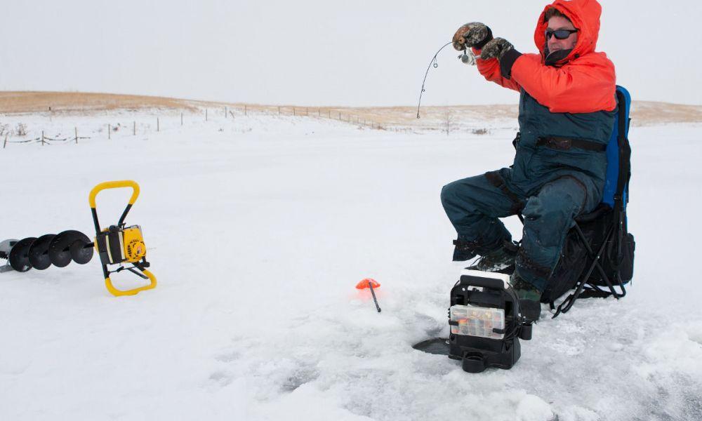 Pêche sur glace à Whitehorse