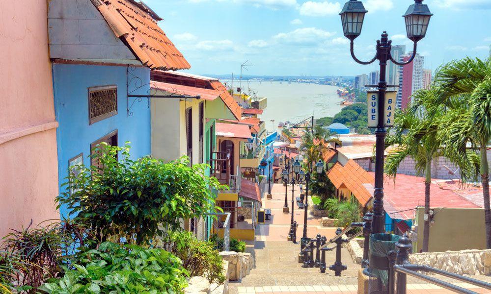 Maisons de couleurs à Las Peñas.