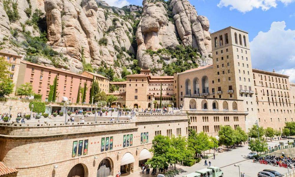Montserrat est une enclave unique de la sierra barcelonaise
