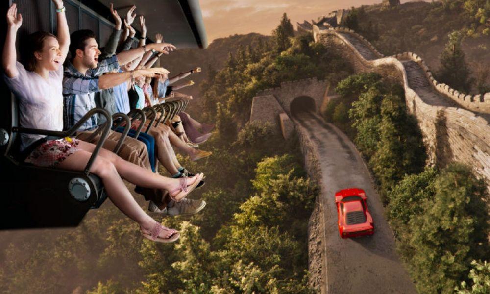 Profitez des attractions de Ferrari Land