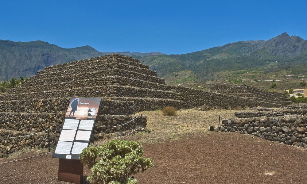 L'enceinte archéologique des Pyramides de Güimar