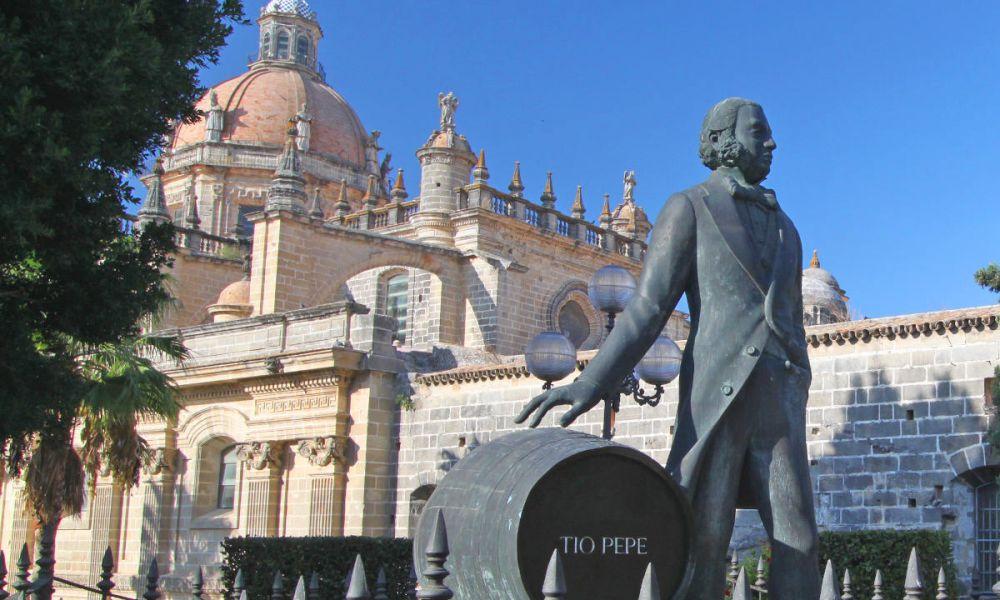 Sculpture du Tio Pepe à Xérès