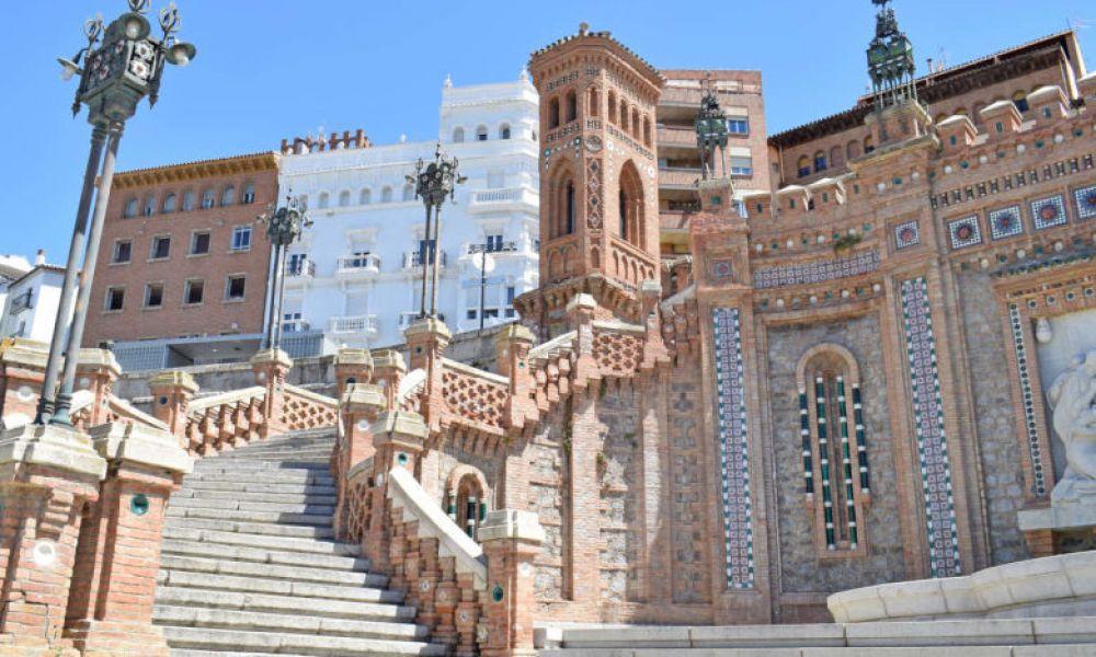 Escalier de style néo-mudéjar