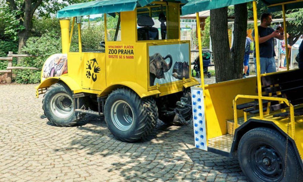 Le petit train du zoo de Prague
