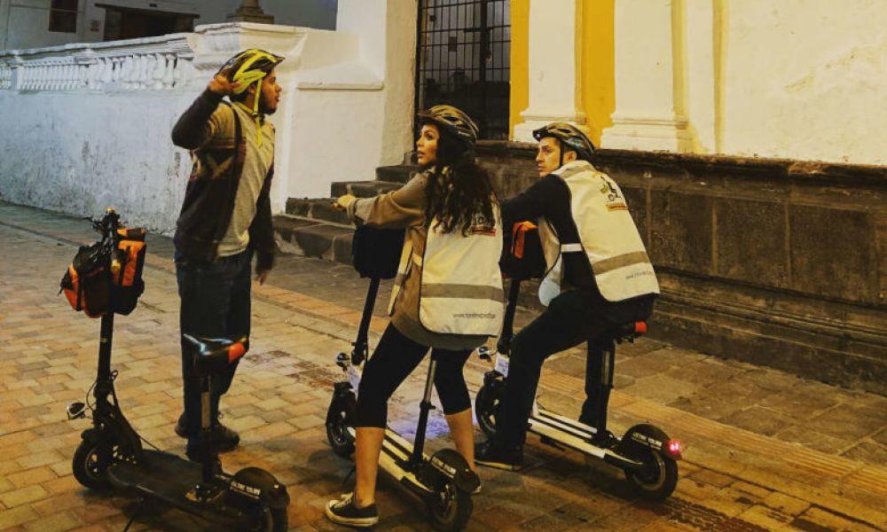 Visite de Quito à la tombée de la nuit