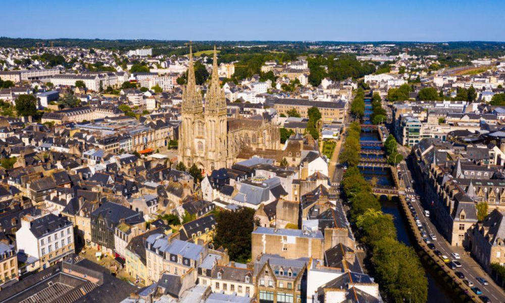 Vue aérienne sur la cathédrale de Quimper