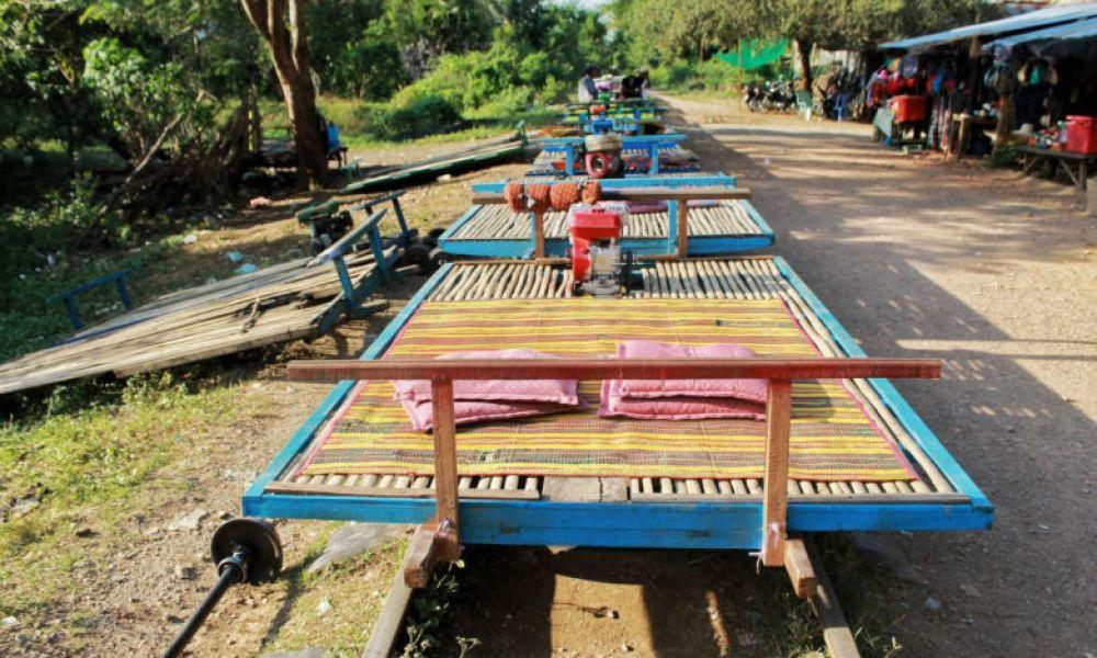 Train de bambou de Battambang