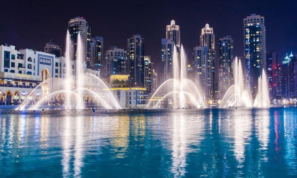 Spectacle de fontaines à Dubaï