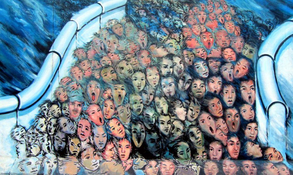Les tags sur le Mur de Berlin