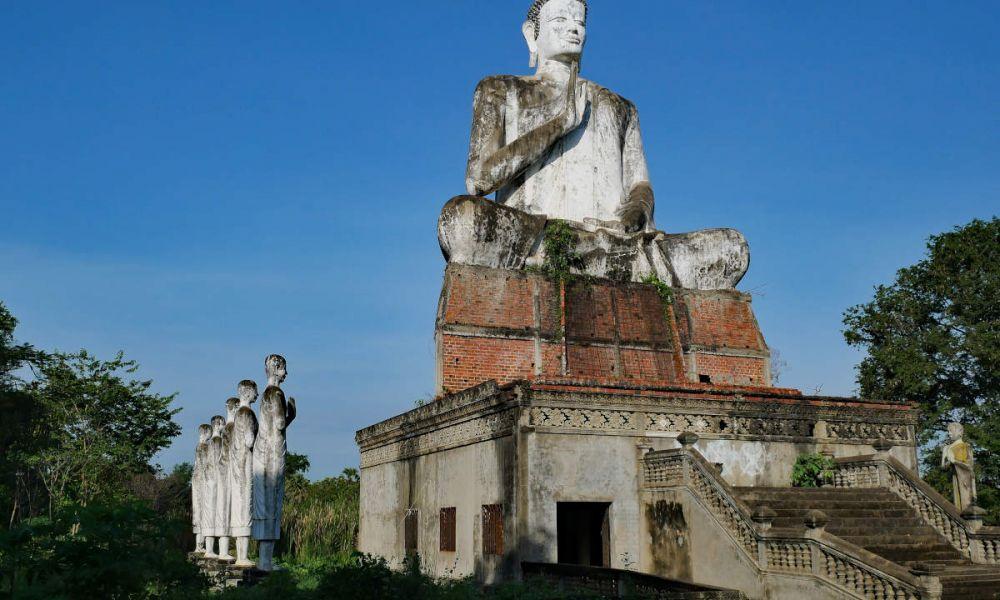 Temple de Wat Ek Phnom à Battambang