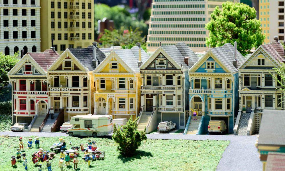 Maisons construites avec des Lego